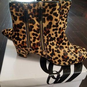 Nine West Shoes - Nine west sz 9 leather bootie